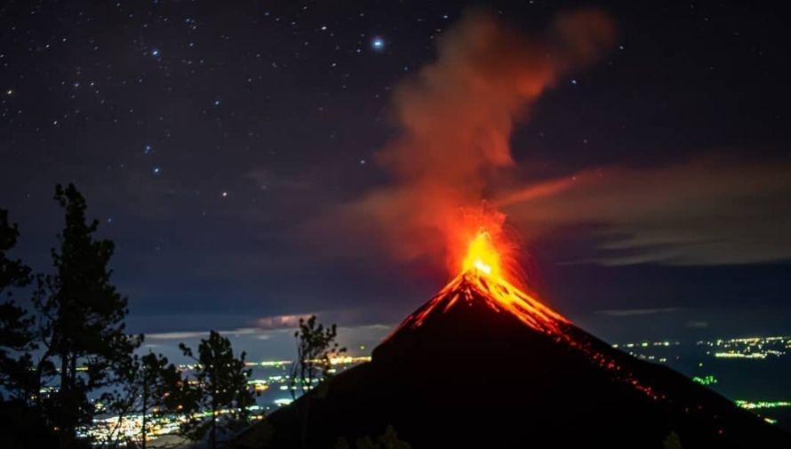 Viaje para observar la lluvia de estrellas en el Volcán Acatenango Diciembre 2020 (3)