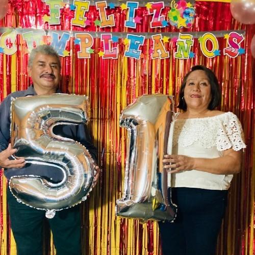 asi-celebro-cumpleanos-guatemalteco-lobo-vasquez-esposa-maria-magali-moreno-garcia