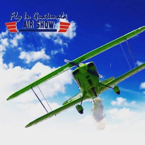 exhibicion-autos-aviones-recolectar-viveres-depresion-tropical-eta-noviembre-2020-aerocharter-ciudad-guatemala