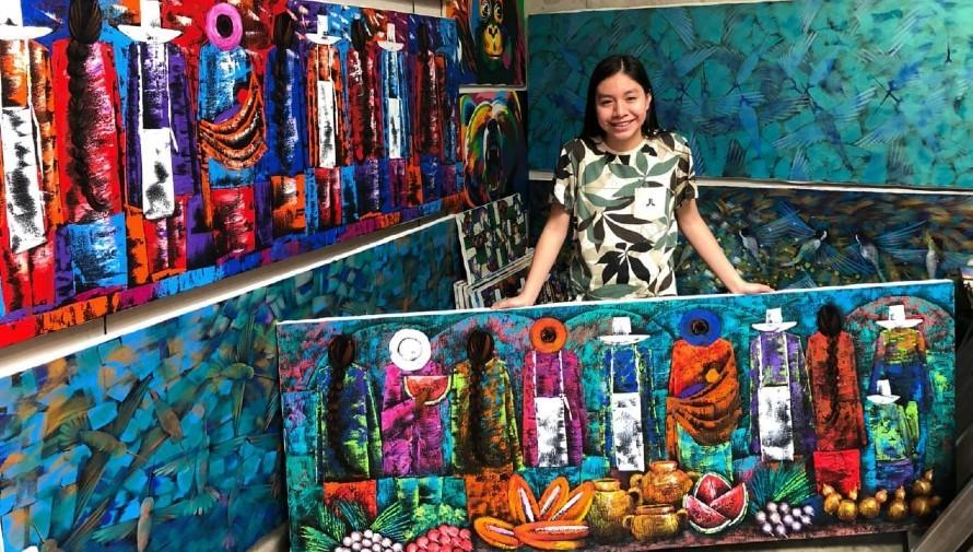 joselyn-cholotio-artista-hace-impresionantes-pinturas-san-juan-la-laguna