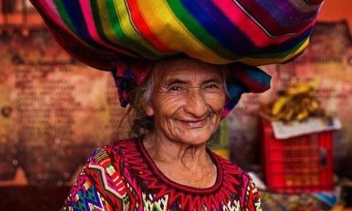 mujeres-guatemaltecas-aparecen-libro-atlas-belleza-mihaela-noroc-chichicastenango