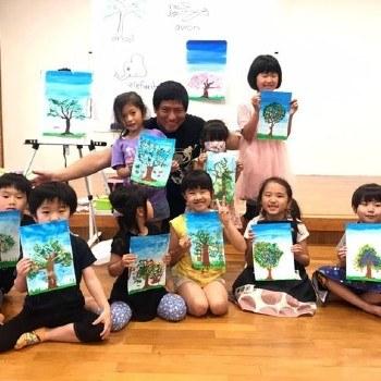 ninos-japon-aprendieron-fabricar-volar-barriletes-guatemaltecos-cursos-pintura