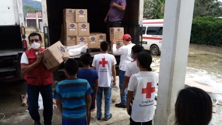 Cruz Roja Guatemalteca recibió donación de insumos para ayudar a familias guatemaltecas