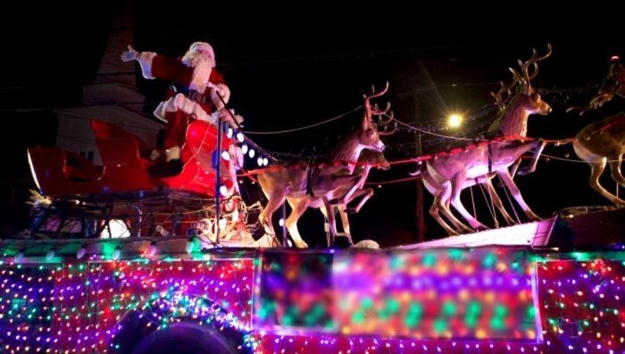 Desfiles navideños con carrozas luminosas por la Ciudad de Guatemala Diciembre 2020