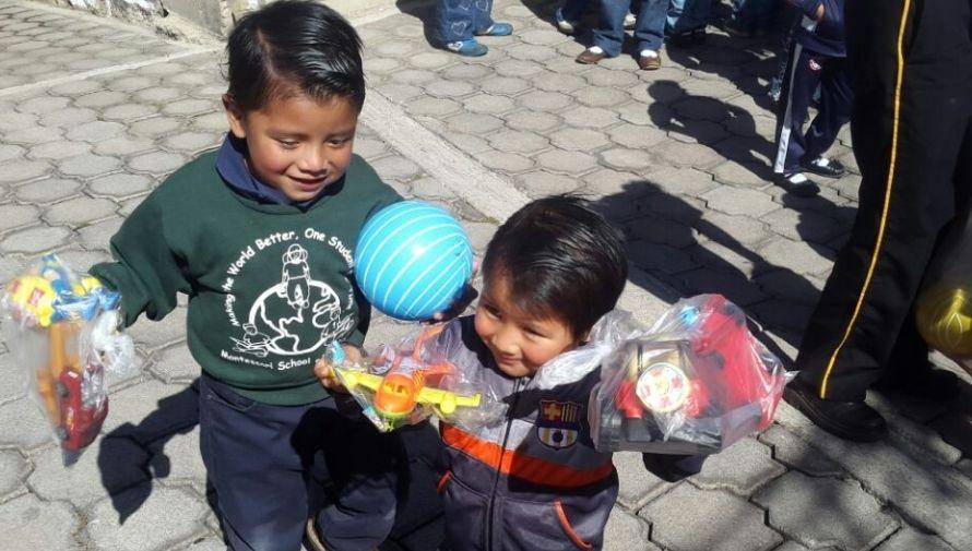Iniciativa de mujeres en Quetzaltenango recauda insumos para ayudar a hogar de niñas