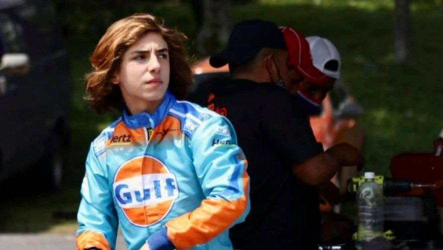 Mateo Llarena en autódromo Pedro Cofiño - Foto Mateo Llarena