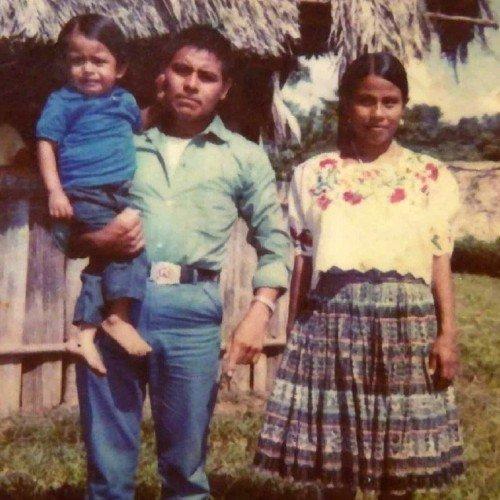 adan-may-guatemalteco-finalizo-estudios-maestria-italia-apoyo-padres