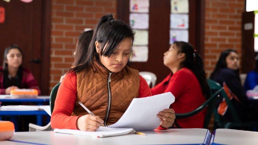 asociacion-maia-recaudando-fondos-entregar-bolsas-escolares-2021