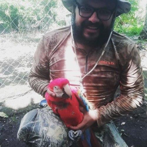 labor-danny-mazariegos-rescatista-animal-reconocida-arturo-islas-allende-recinto-exoticos