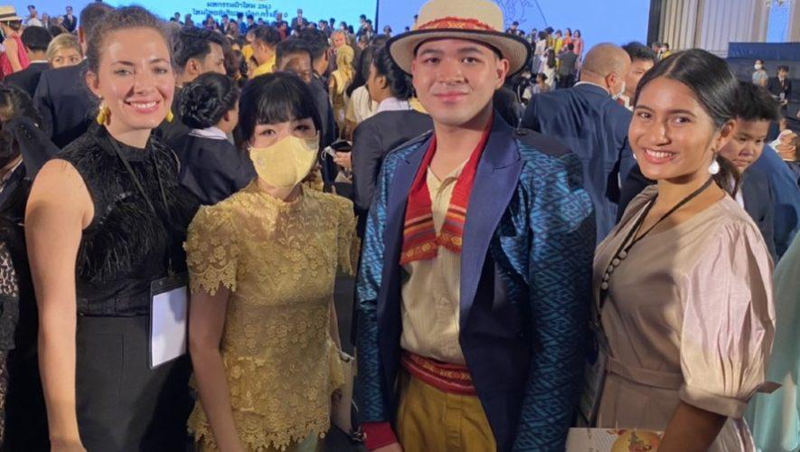 textiles-guatemala-fueron-inspiracion-traje-disenado-tailandeses