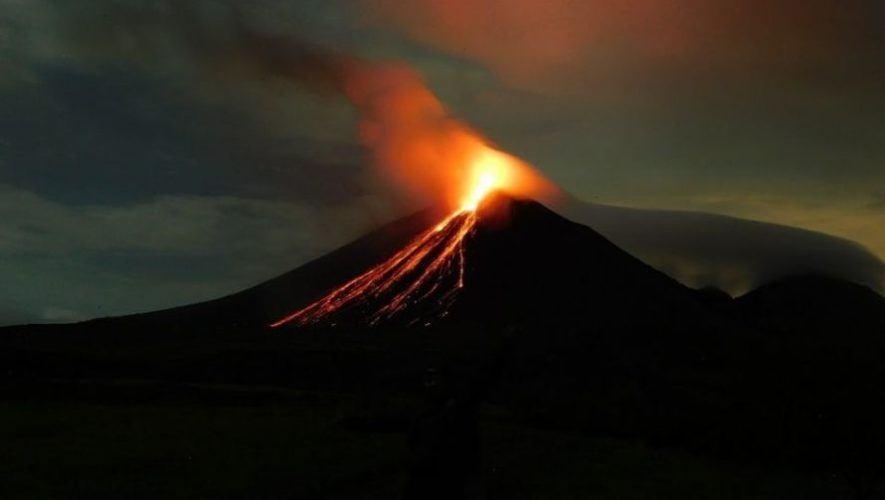 Ascenso al Volcán Pacaya para ver los ríos de lava | Enero 2021