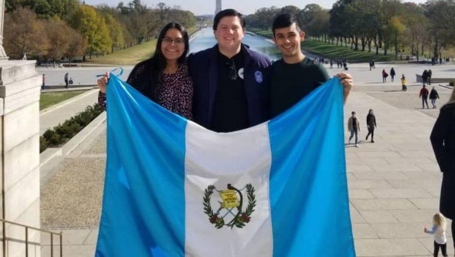 Convocatoria a guatemaltecos a postularse a becas UGRAD, Embajada de Estados Unidos 2021