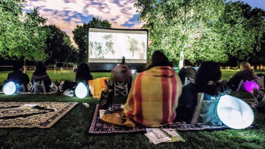 Noches de cine al aire libre en la Ciudad de Guatemala | Enero 2021