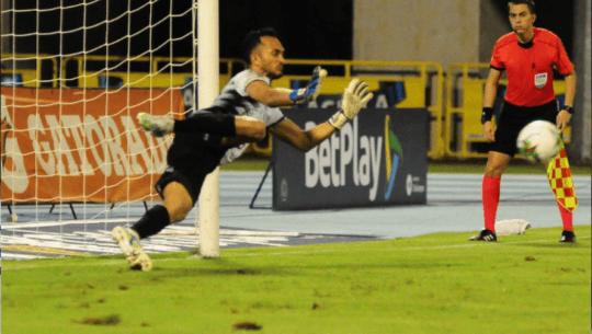 Ricardo Jerez debutó con el Alianza Petrolera en el Torneo Apertura 2021 de Colombia