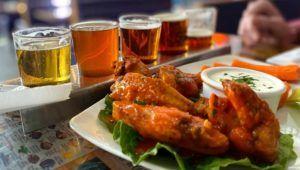Todo lo que puedas comer de alitas, cerveza o vino | Enero 2021