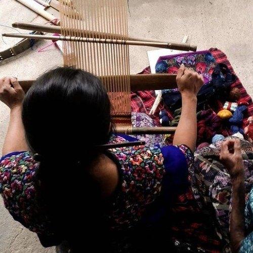 arte-sano-proyecto-ayuda-artesanos-guatemaltecos-destacado-vogue-marcas-moda-sostenible