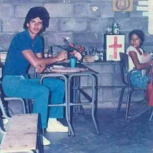 correos-guatemala-compartio-recuerdo-ricardo-arjona-redactor-telegramas-maestro-primaria