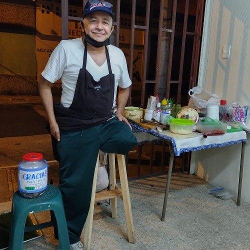 don-sergio-abuelito-zona-5-estara-vendiendo-comida-para-protesis-churrascos-shucos-tortillas-harina