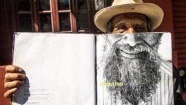 luis-fernando-barreda-artista-vende-pinturas-sexta-avenida-ciudad-guatemala