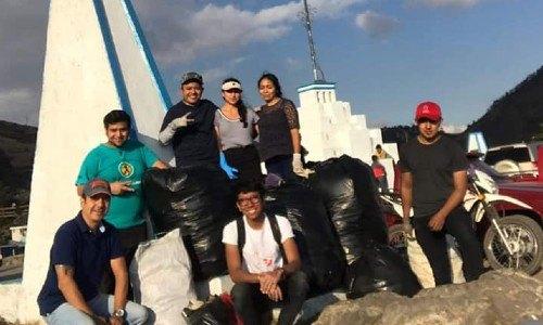 voluntarios-guatemaltecos-hicieron-jornada-limpieza-mirador-juan-dieguez-olaverri-basura-challenge