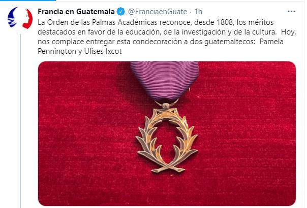pamela-pennington-ulises-ixcot-recibieron-orden-palmas-academicas-francia-guatemala