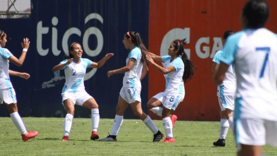 Selección femenina de Guatemala ganó 3-1 a Panamá en su primer juego amistoso del 2021
