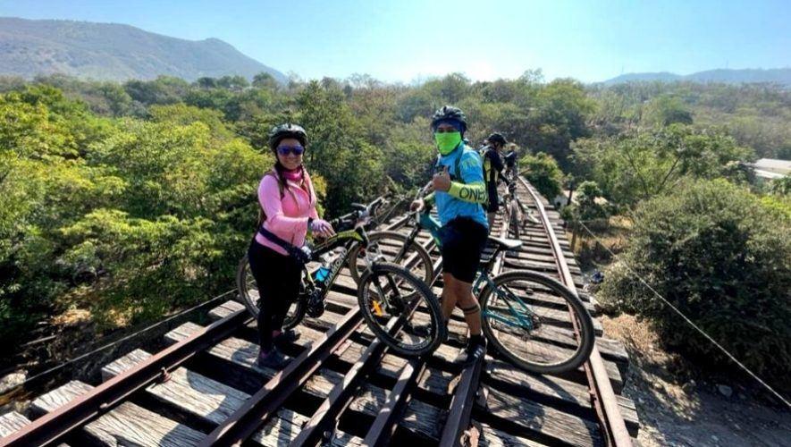 Travesía en bicicleta por los túneles de la vía férrea | Marzo 2021