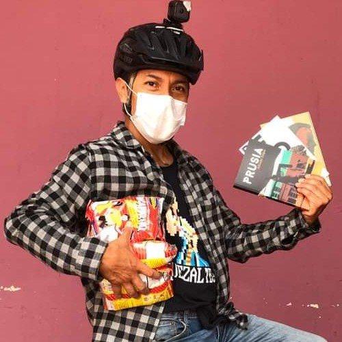 bonifaz-diaz-guatemalteco-lleva-ayuda-quetzaltecos-escasos-recursos-32-volcanes-artista-fundador-teatrito