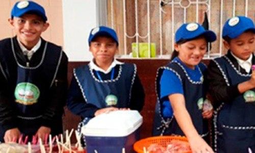 escuela-oficial-rural-mixta-811-participa-concurso-escuela-emprendedora-nivel-global-tienda-escolar-santa-caterina-pinula