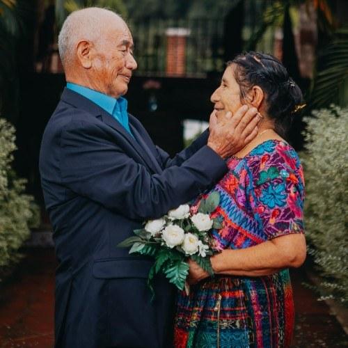 esposos-guatemaltecos-celebraron-60-anos-casados-compartieron-sesion-fotos-cristobal-vasquez-josefa-puac
