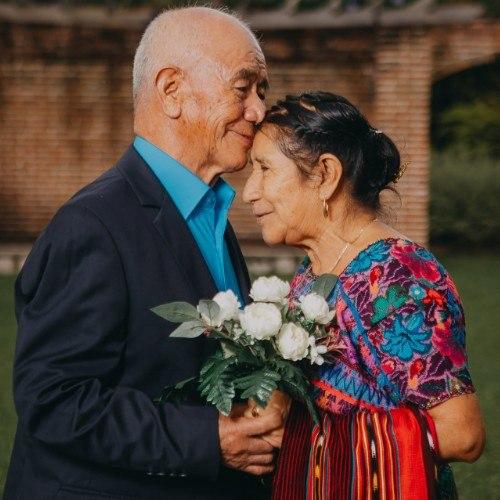 esposos-guatemaltecos-celebraron-60-anos-casados-compartieron-sesion-fotos-daniel-canul-fotografo