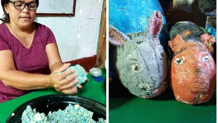 guatemalteca-isabel-melchor-elabora-artesanias-papel-reciclado-alta-verapaz