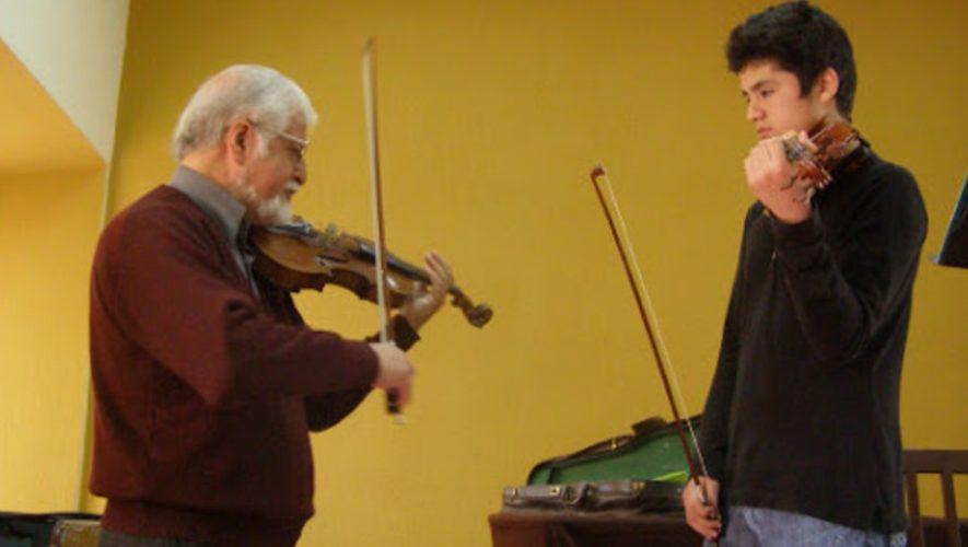 maestro-violin-direccion-municipal-cultura-san-lucas-sacatepequez