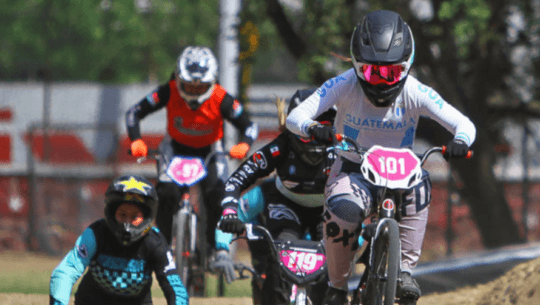 Andrea González con doble podio en la 2a. Fecha Nacional de BMX 2021 en México
