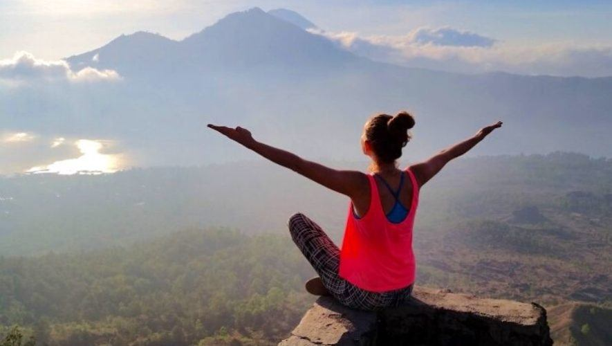 Clase de yoga gratuita por el Día de la Mujer en Guatemala   Marzo 2021