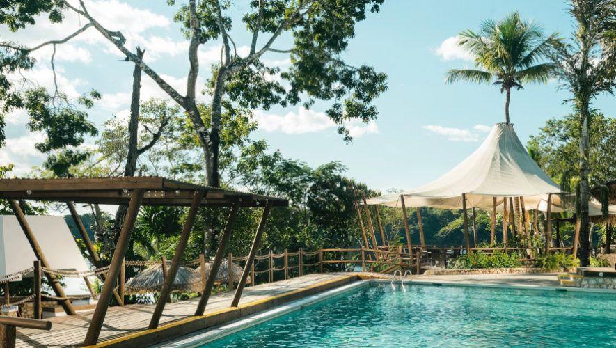 Increíbles piscinas rodeadas de selva en Guatemala