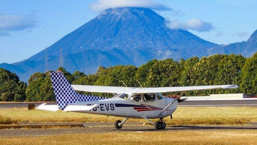 Vuelo en avioneta sobre playas y volcanes de Guatemala | Marzo 2021