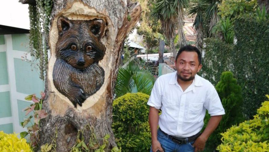 cristian-ixpata-artista-hace-esculturas-madera-san-jeronimo-baja-verapaz