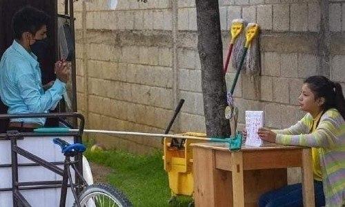 guatemalteco-gerardo-ixcoy-profe-lalito-recibio-nuevo-triciclo-electrico-santa-cruz-quiche