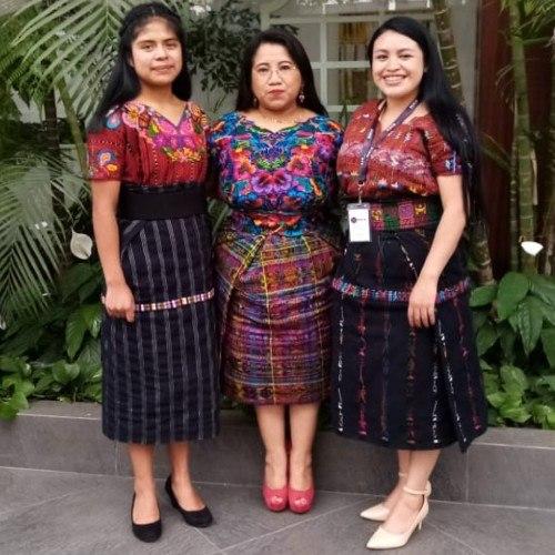 joven-guatemalteca-ester-bocel-asociacion-maia-recibio-reconocimiento-onu-mujeres-maria-mercedes-coroy-yahaira-tubac