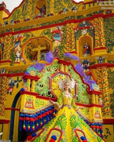 originario de zacapa diseñó el traje fantasía que usará la Miss Grand Guatemala 2021