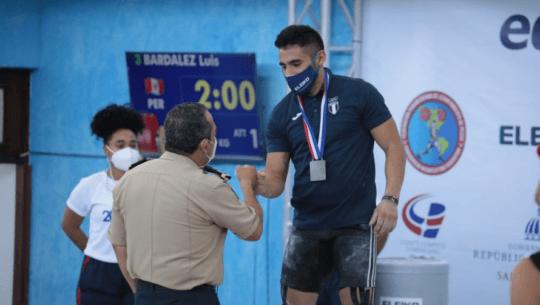 Edgar Pineda se colgó doble medalla en el Campeonato Panamericano Mayor 2021