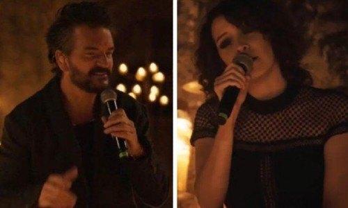 Gaby Moreno junto a Ricardo Arjona en el concierto Hecho A La Antigua