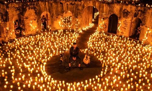 Ricardo Arjona y Gaby Moreno cantaron Fuiste Tú y Blues de la Notoriedad en el concierto Hecho A La Antigua
