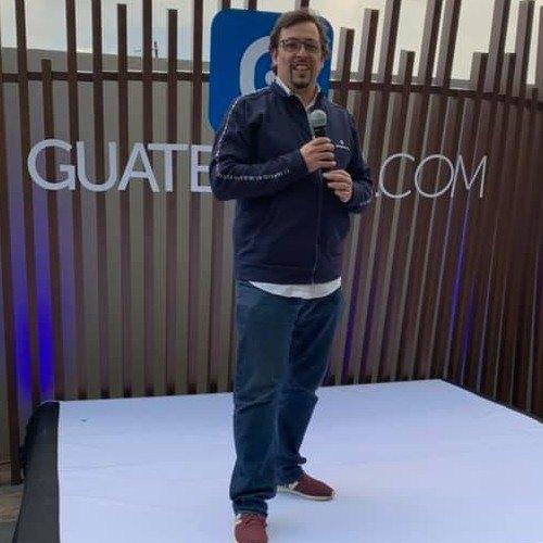 Roberto Vassaux CEO Guatemalacom