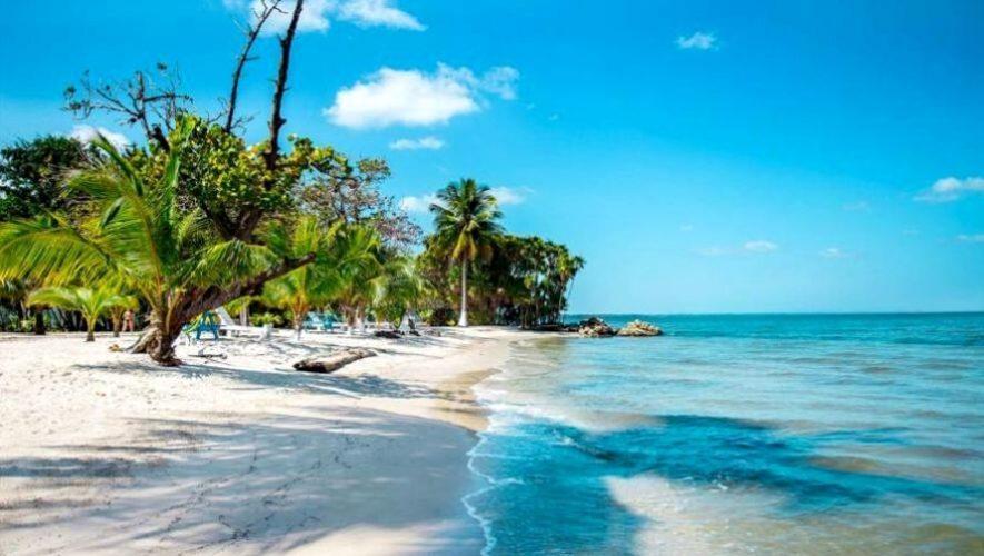 Viaje de fin de semana a las playas de Izabal | Abril 2021