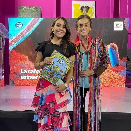 Alejandra-Salazar-y-Sofia-Hegel-presentacion-de-libro-Guatemala.com
