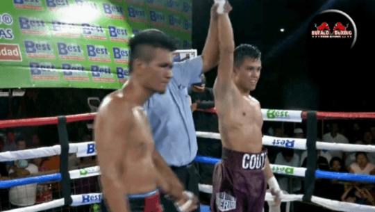 Jonathan Coutiño sumó su décima victoria profesional tras vencer a Eliecer Quezada fb