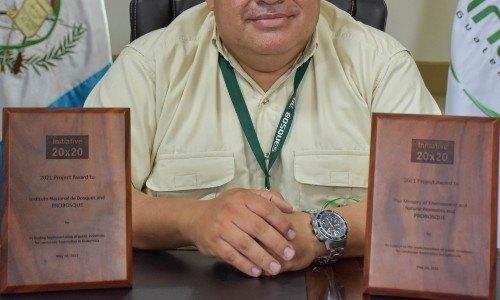 Otorgan premio a Guatemala por su programa PROBOSQUE