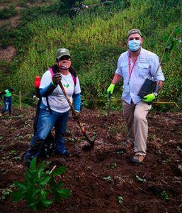 Plantemos inauguró proyecto Bosque Bicentenario plantando 20,000 árboles-